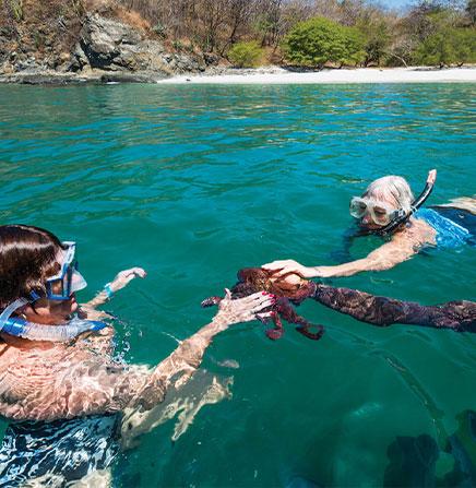 Isla-Tortuga-Snorkeling-Kids-Family-Costa-Rica