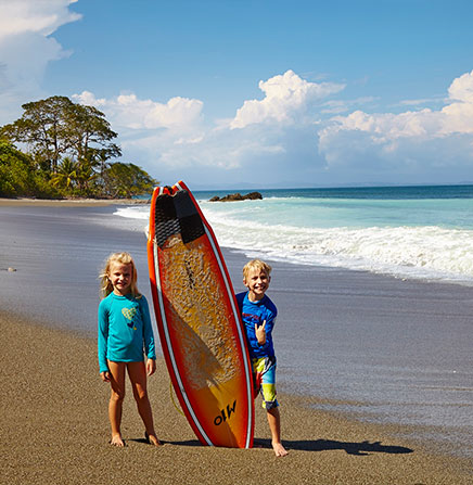 Kids-and-beach-surf-costa-rica