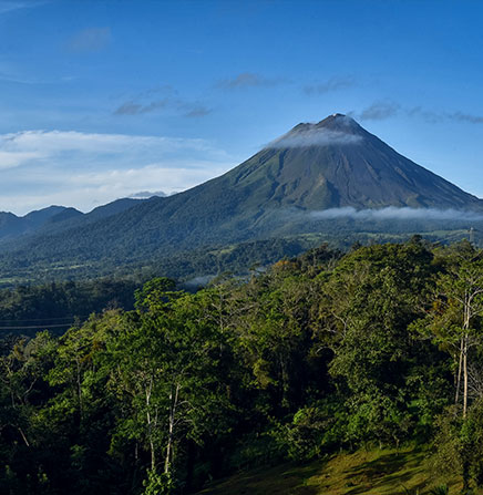 Two Natural Treasures of Costa Rica: Arenal Volcano & Monteverde Cloud Forest (5 days & 4 nights)