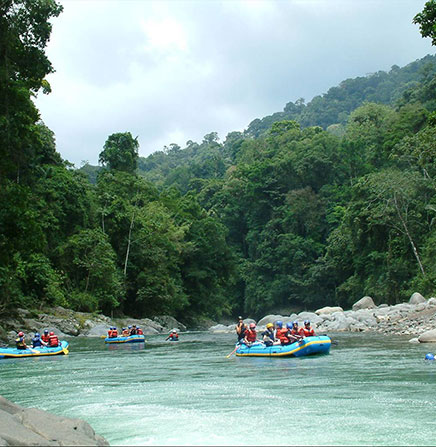 White-water-rafting-Pacuare-River-Costa-Rica