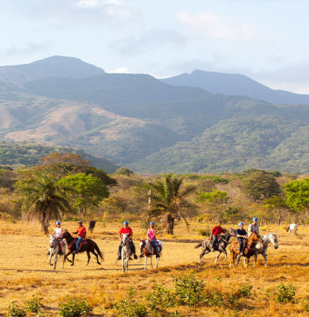horseback-riding-rincon-vieja-guanacaste-costa-rica